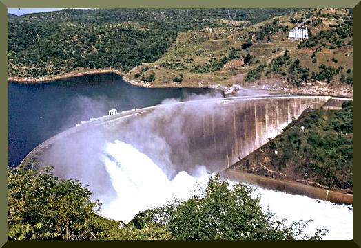 La diga di Kariba, in Africa.