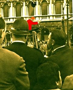 Veneziani che ascoltano la Banda Municipale - 1961 - Foto di Ernesto Giorgi ©