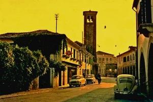 Oderzo (Tv) – 1961 – La via Garibaldi – Ernesto Giorgi ©